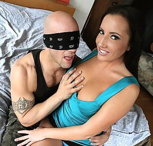Fresh Teen Blindfold XXX Pictures