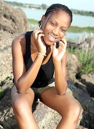 Fresh African Teen XXX Pictures