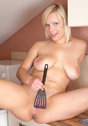 Sexy Nubile Violetta gets naughty in the kitchen