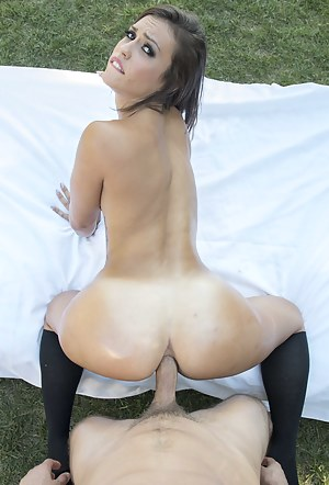 Hot slut wearing black socks is being presented with gentle ass licking. Her boyfriend is also having anal sex with her in the street.