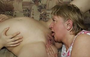 Fresh Pregnant Teen XXX Pictures