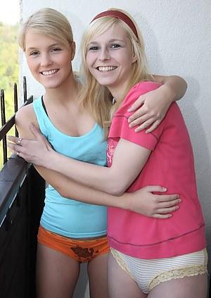 Fresh Lesbian Teen XXX Pictures